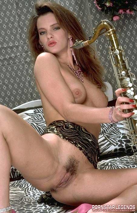 Nude Oasis